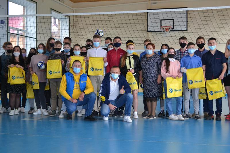 В програмі брали участь учні 44 шкіл Хмельниччини