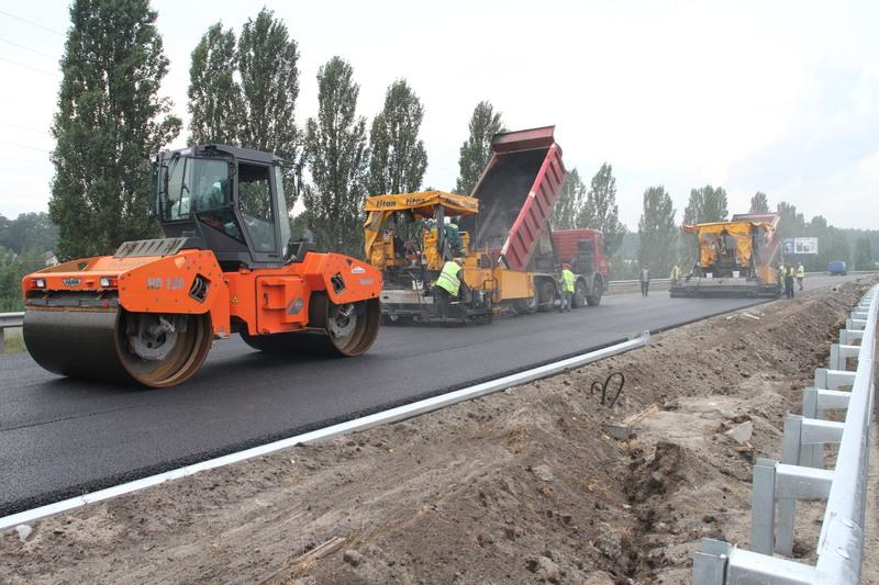 На ремонт доріг Хмельниччини заплановано декілька мільярдів гривень