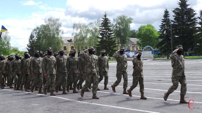 На допомогу українській армії подоляни перерахували понад 80 мільйонів гривень військового збору