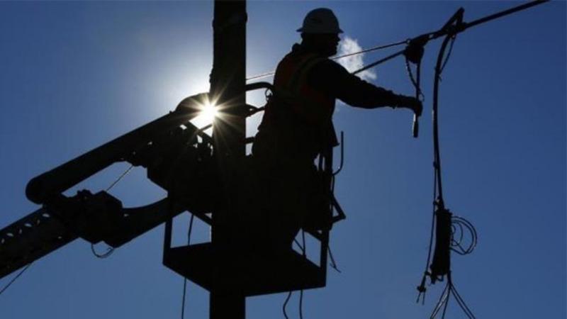 Через ремонтні роботи на деяких вулицях Хмельницького призупинять електропостачання