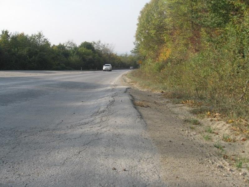 На Хмельниччині колійністю уражено більше 200 км автодоріг державного значення