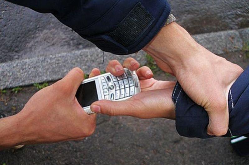 Поліцейські вкотре радять громадянам бути обачним