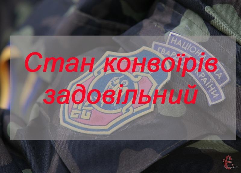 Одного з правоохоронців транспортують до Вінниці.