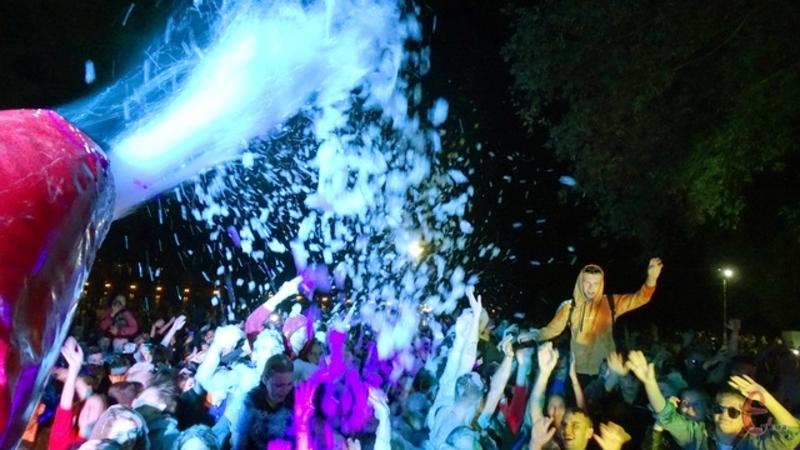 На думку правоохоронців, під час пінної вечірки на «My Fest» сталося порушення карантинних заходів