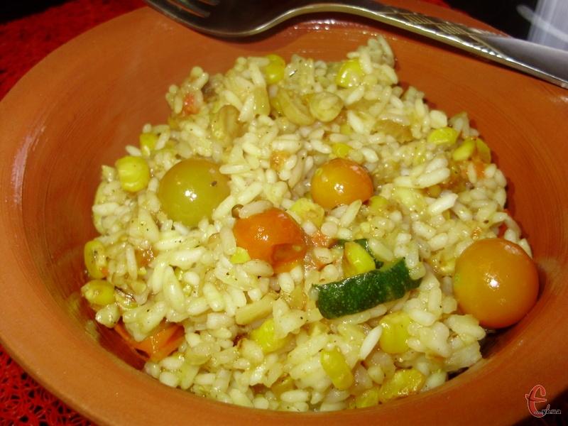 Спробуйте приготувати цю страву, і ви станете подавати рис на гарнір набагато частіше, ніж раніше.