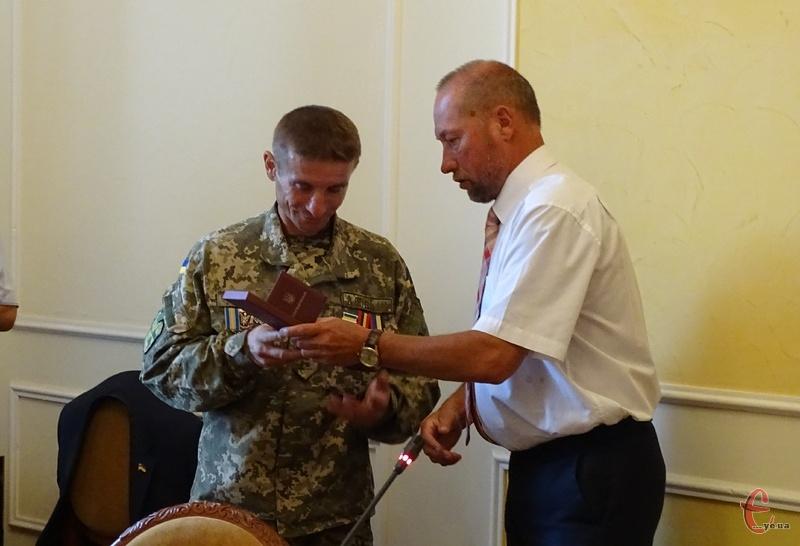 Бійці отримали нагороди від громадських організацій