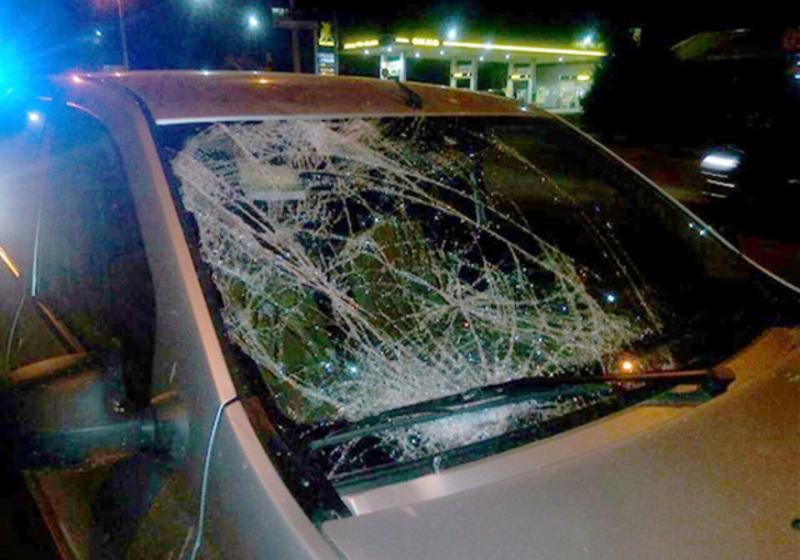 В автомобілі пошкоджене лише лобове скло
