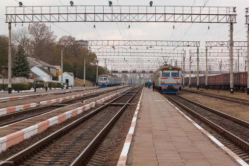 Хмельницька обласна комісія з ТЕБ і НС дала дозвіл запустити потяг, а Вінницька — ні