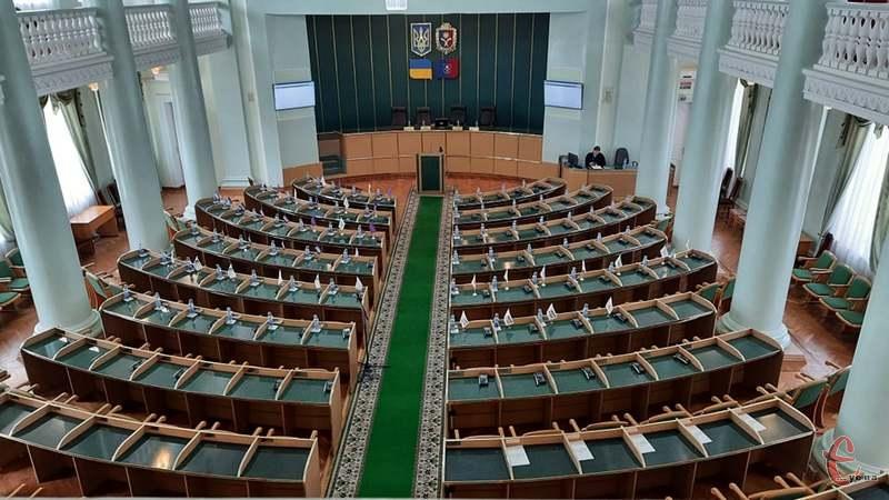 Скликали депутатів на сесію за двома питанням порядку денного, що стосуються коронавірусної інфекції