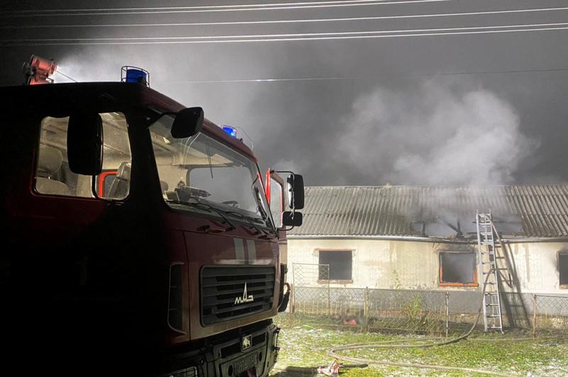 Під час пожежі в селі Виноградівка загинули двоє людей