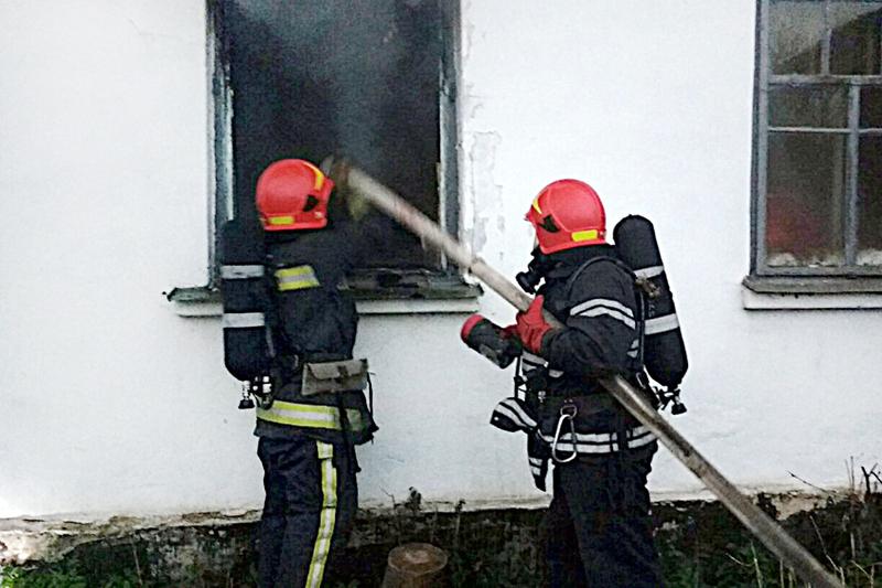 Під час гасіння пожежі в житловому будинку вогнеборці виявили тіло чоловіка