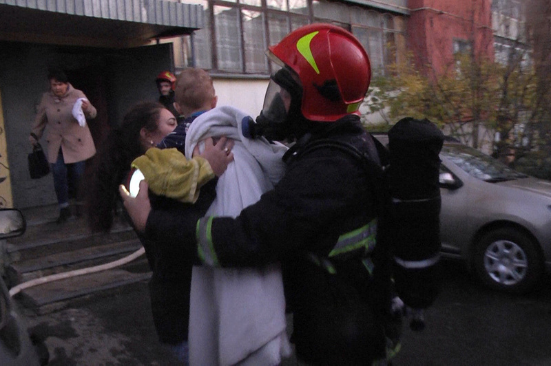 Рятувальникам вдалося не лише загасити пожежу вчасно, а й врятувати людей