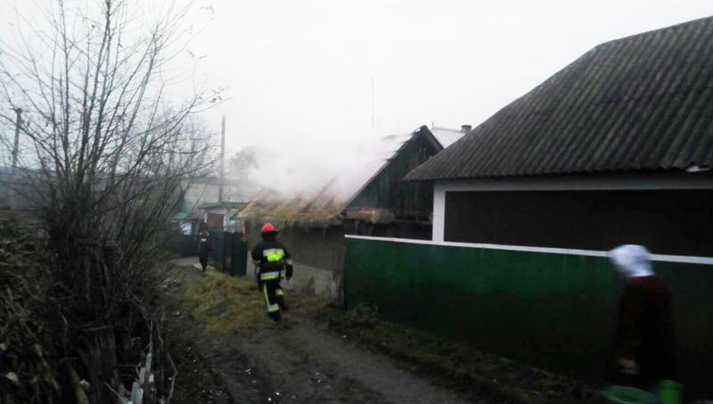 Пожежі на Хмельниччині: горіли літня кухня та допоміжна споруда