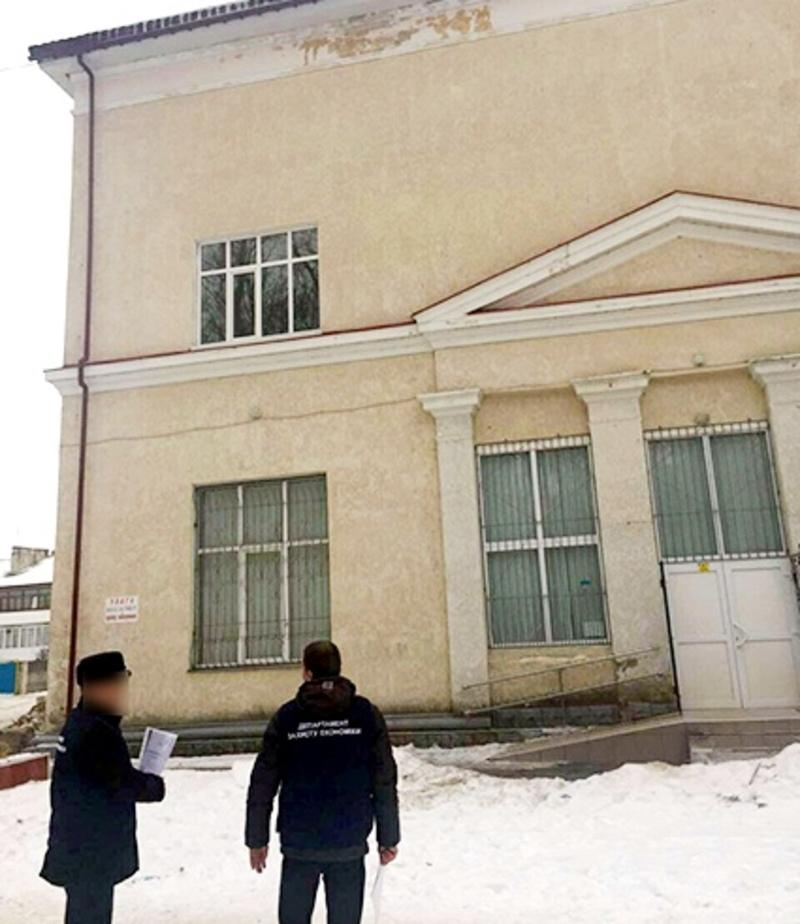 Посадовці «заробили» на ремонті близько мільйона гривень