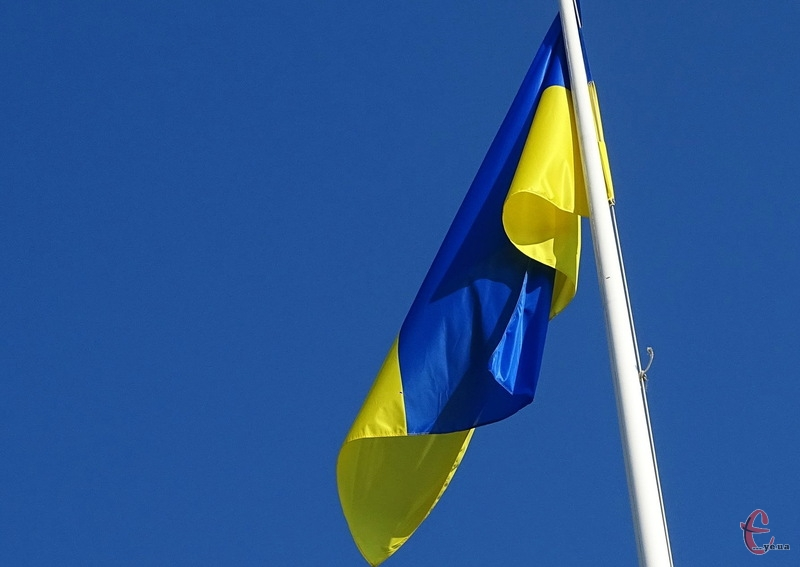 Компанію, яка встановлюватиме найбільший Прапор України, обиратимуть 4 червня