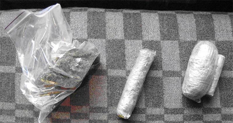 Шепетівчанин разом із будматеріалами привозив у колонію і наркотики