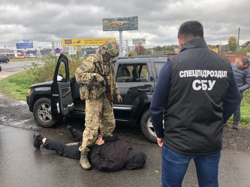 Правоохоронці затримали чотирьох організаторів протиправного бізнесу у Львові