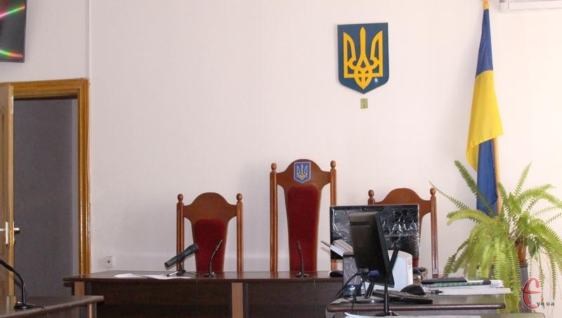 Президент призначив суддів у Нову Ушицю та Шепетівку