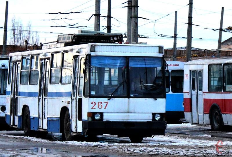 Чи будуть вночі їздити хмельницькі тролейбуси - обговориватимуть на громадських слуханнях