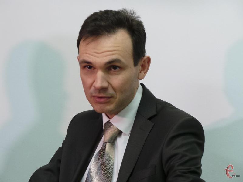 Олег Лаврик: Здебільшого за юридичною консультацією звертаються люди з проблемами, пов'язаними з послугами ЖКГ, місцевою владою, навчанням.