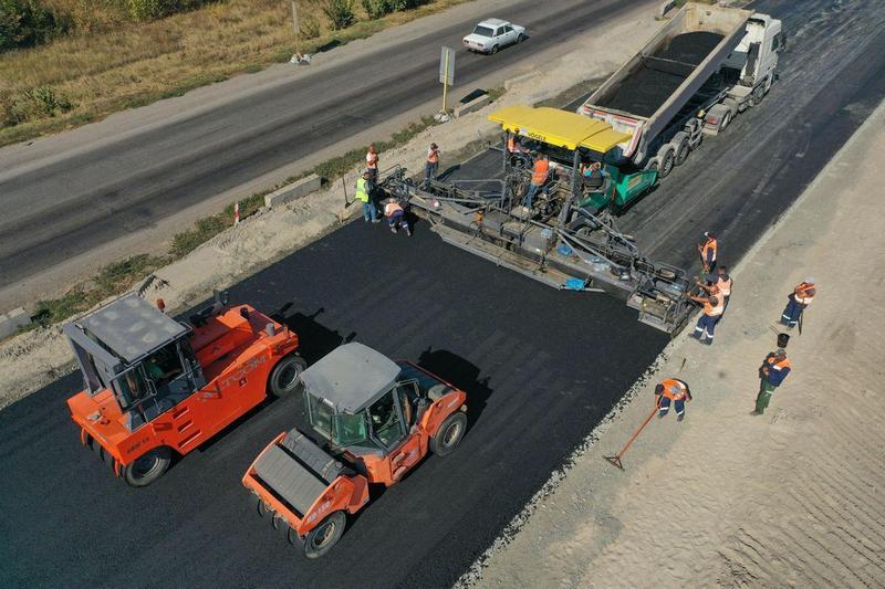 Під час «Великого будівництва» не тільки ремонтують або перестилають дорожнє покриття.
