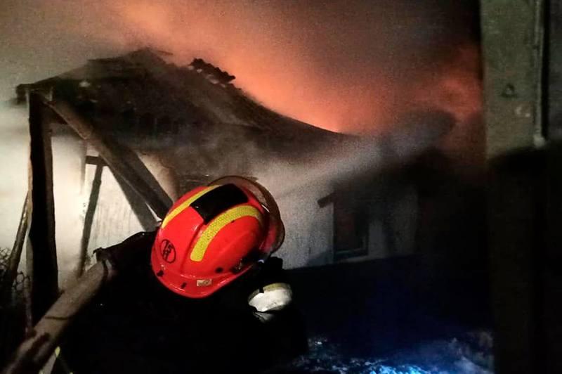 На території області за добу ліквідували 4 пожежі у житлових будинках