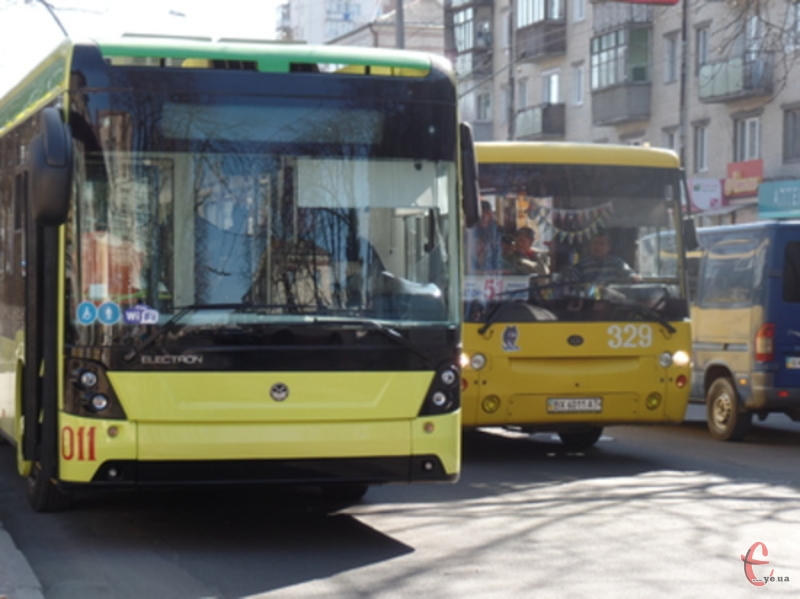 Планується, що на нічних маршщрутах курсуватиме три тролейбуси