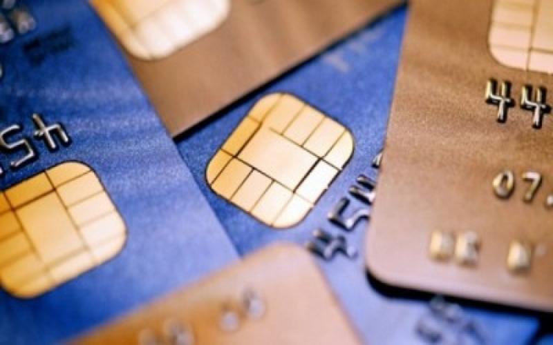 У подолян шахраї випитують реквізити банківських карток
