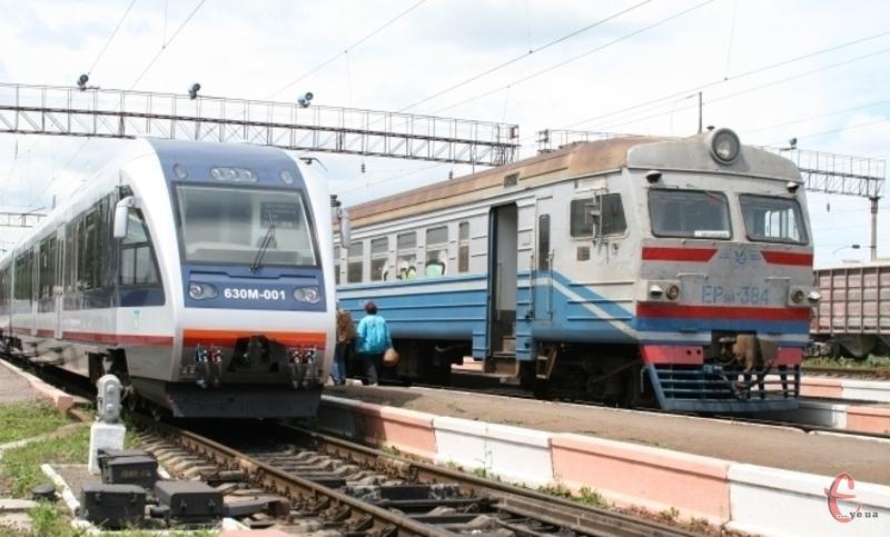 Рейковий автобус автобус має забезпечити сполучення обласного центру з Білогірським районом та проходитиме через Шепетівку та Ізяслав