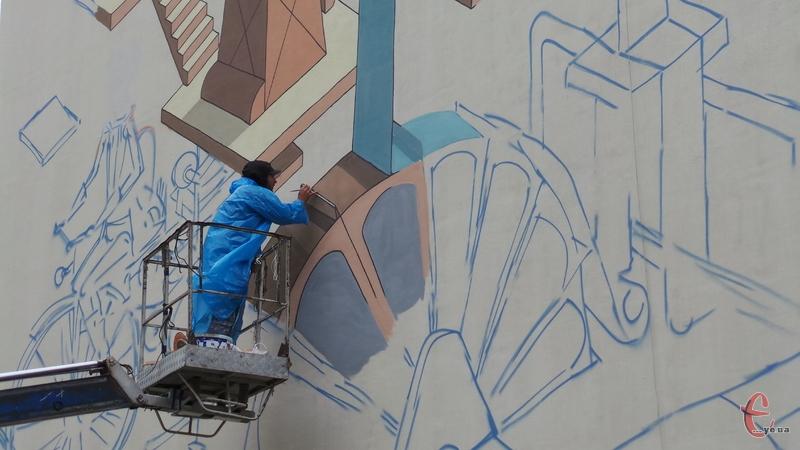 Михайло Коробков: вчора малював у шортах, сьогодні у дощовику