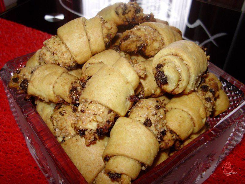 Смаколики виходять ароматними, в міру солодкими, трохи маслянистими, багатошаровими.