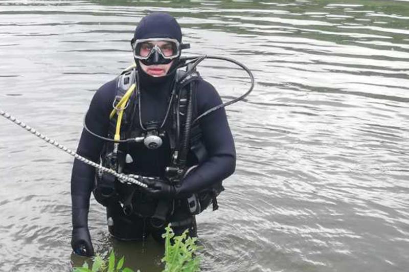 У Кам'янець-Подільському районі рятувальники вилучили з річки тіло 44-річного чоловіка