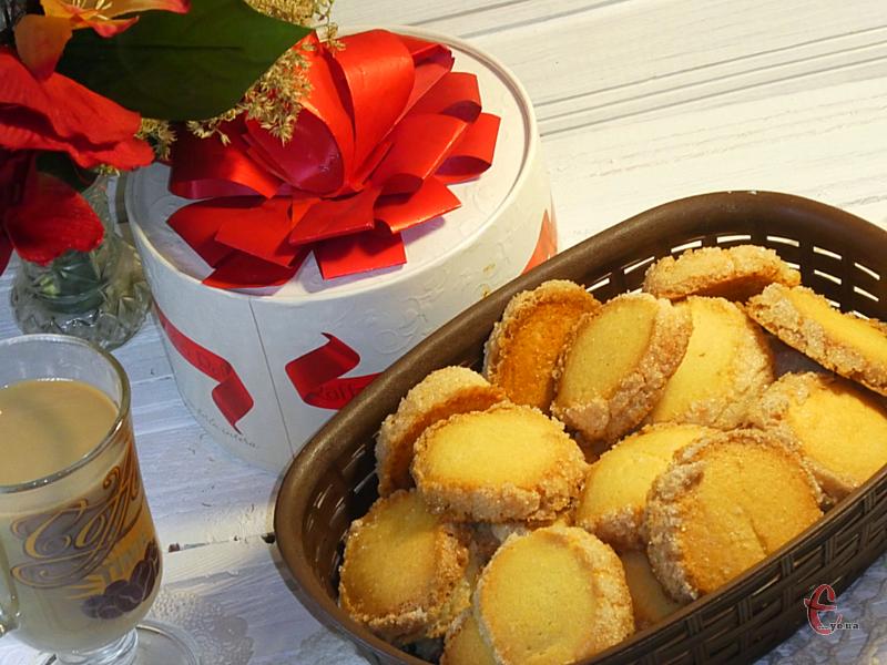 Класичний хрусткий смаколик, який французи називають печиво-сабле, просто тане у роті!