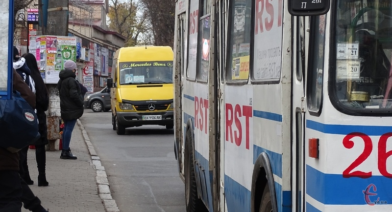 У Хмельницькому тролейбуси кілька днів курсували за зміненим маршрутом