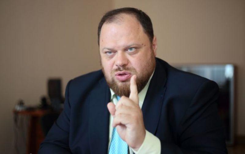 Руслан Стефанчук каже, що реалізував надане йому статтями 32 та 35 закону України «Про статус народного депутата України» право на відшкодування витрат на проживання