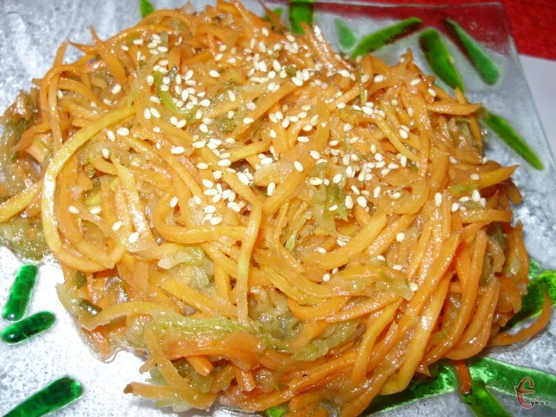 Чудовий, пікантний, гостренький салатик для вашого столу. Така страва стане прекрасним доповненням до м'яса.