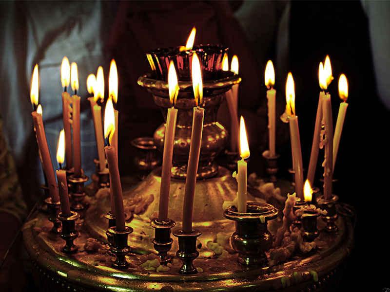 У православному  календарі є вісім загальних поминальних днів
