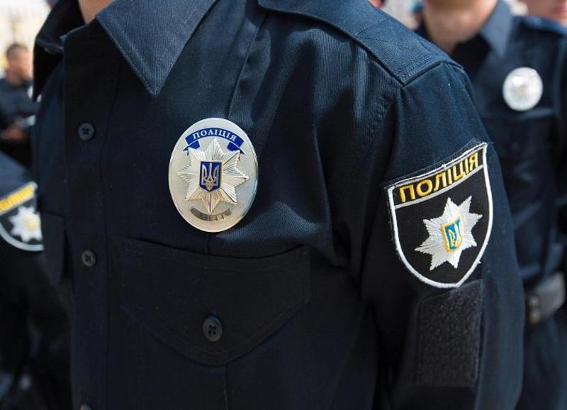 За попередньою інформацією, задокументували отримання хабара одним із заступників начальника поліції.