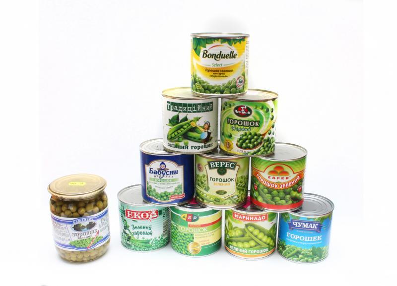 Для багатьох олів'є — це моветон. Але не менше й тих, для кого цей салат — багаторічна добра традиція.