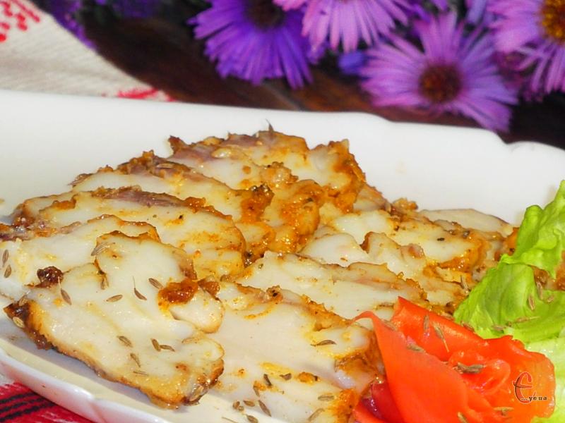 Із чорним «Бородінським» хлібчиком виходять смачнючі бутерброди. З жодною магазинною ковбасою навіть близько не порівняти!
