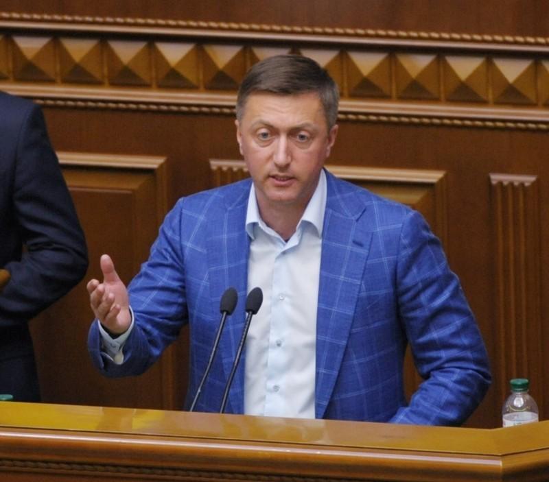 Сергій Лабазюк зазначив, що він зареєстрував понад 60 поправок до законопроєкту