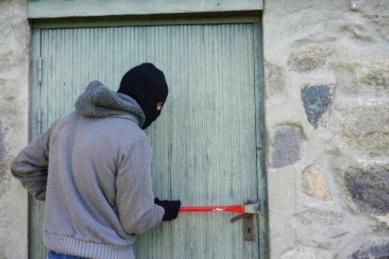 Шепетівський суд на 5 років позбавив волі серійного крадія
