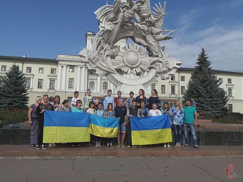 Волонтери дякують угорській стороні за гостинність, з якою вони прийняли дітлахів