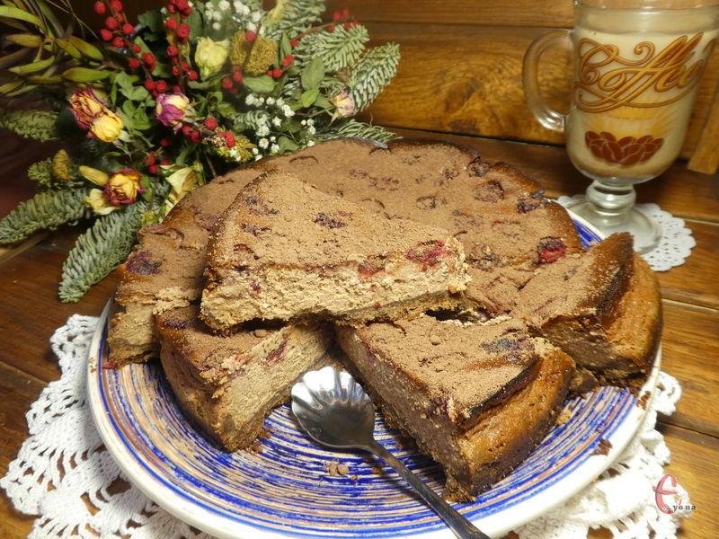 Виходить чудовий та дуже ніжний десерт, схожий на чизкейк.