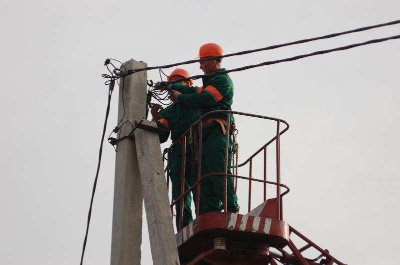 Хмельницький міський район електромереж сподівається на розуміння і просить вибачити за тимчасові незручності, спричинені виконанням необхідних робіт.
