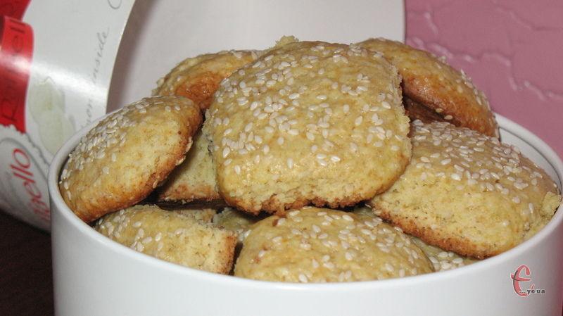 Люблю такі рецепти — просто й дуже швидко. До чаю або кави таке печиво підходить якнайкраще.