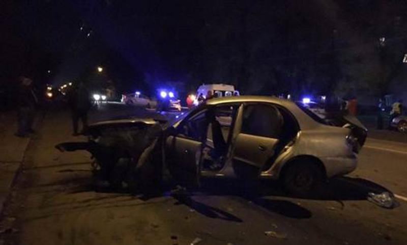 Сьогодні вночі на Проспекті Миру сталася ДТП. Загинув 36-річний таксист