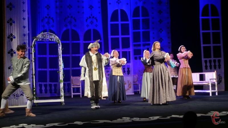 Театральний сезон у театрі Старицького відкрився виставою Собака на сіні