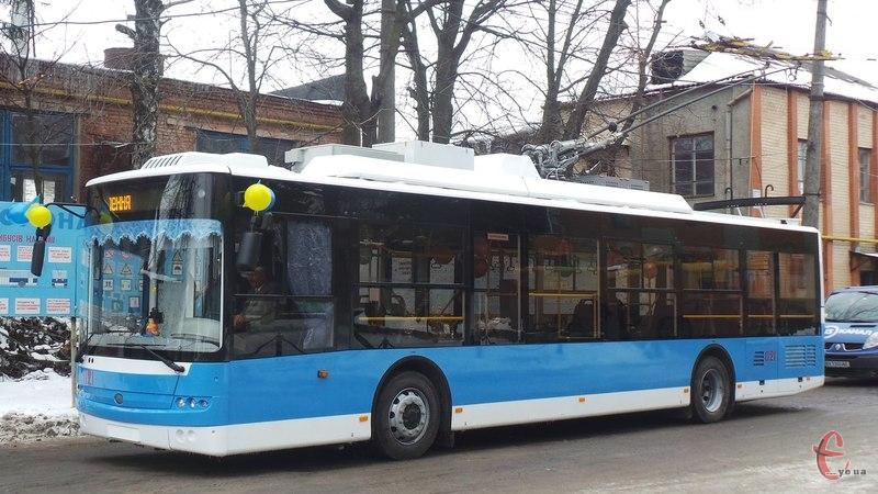 Сьогодні вночі тролейбуси не будуть їздити