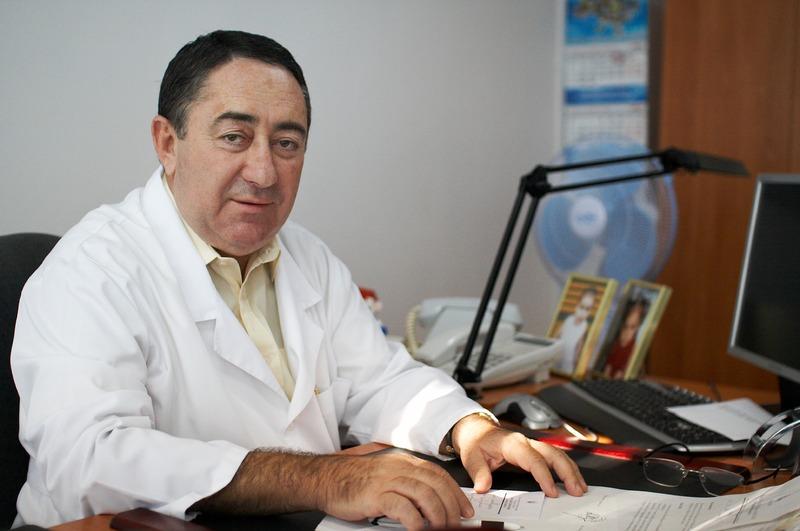 Аркадію Семеновичу було 70 років
